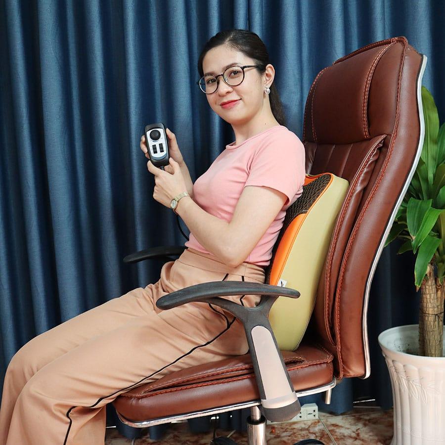 Video video máy massage lưng hồng ngoại xoay day ấn 8 bi hàn quốc puli pl-803a-w - hỗ trợ điều trị đau nhức lưng